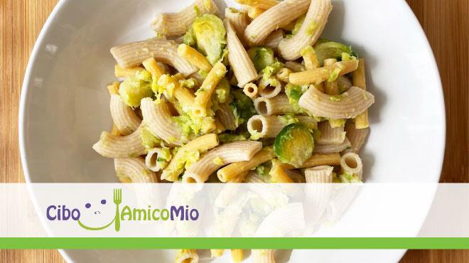 Mix pasta integrale, crema di cavoletti di Bruxelles e yogurt